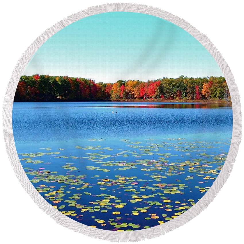 Small Lake Round Beach Towel featuring the photograph Vivid Fall Colors by Susan Wyman