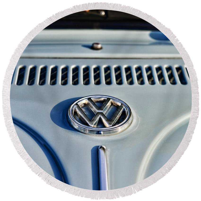 Paul Ward Round Beach Towel featuring the photograph Vw Volkswagen Bug Beetle by Paul Ward