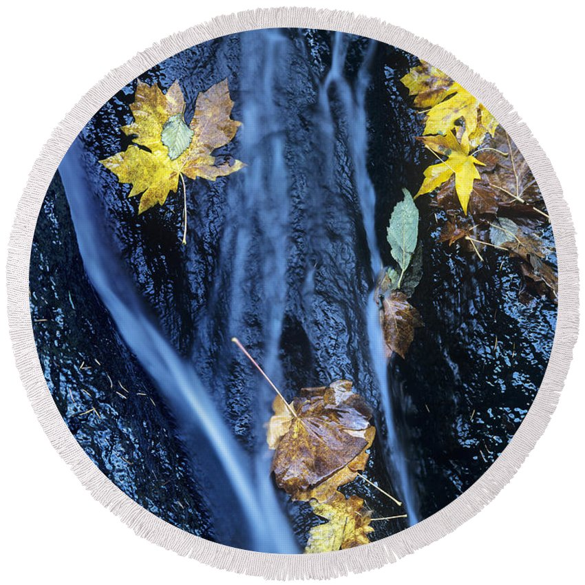 North America Round Beach Towel featuring the photograph Wachlella Falls Detail Columbia River Gorge by Dave Welling