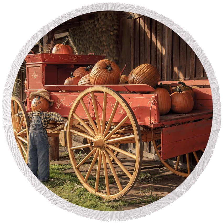 Pumpkin Wagon Round Beach Towel featuring the photograph Wagon Full Of Pumpkins by Lucid Mood