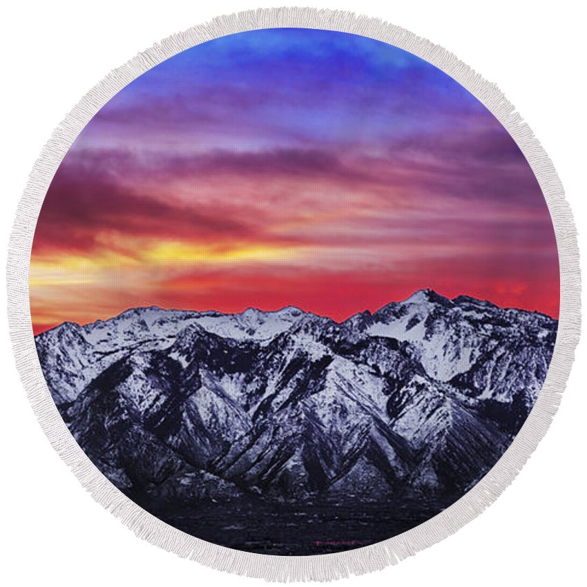 Sky Round Beach Towel featuring the photograph Wasatch Sunrise 2x1 by Chad Dutson