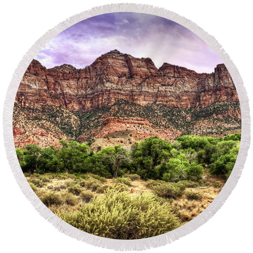 Utah Round Beach Towel featuring the photograph Watchman Trail - Zion by Tammy Wetzel