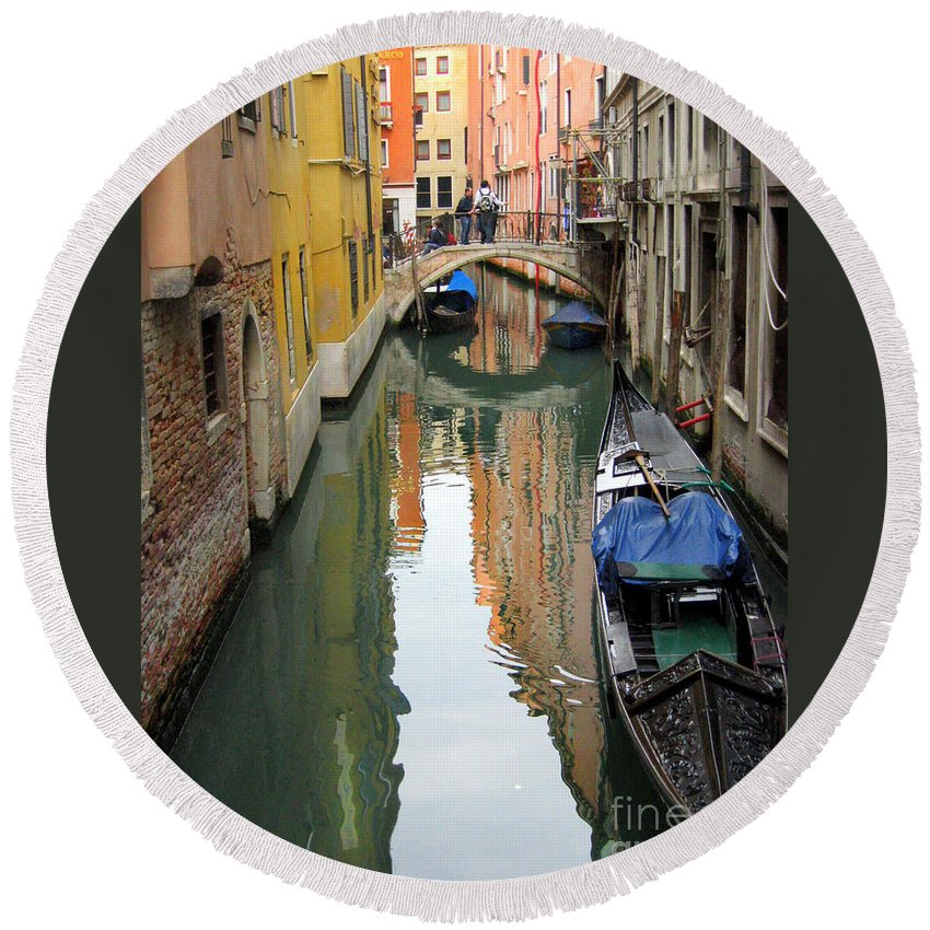 Venice Round Beach Towel featuring the photograph Watercolor In Venice by Irina Davis