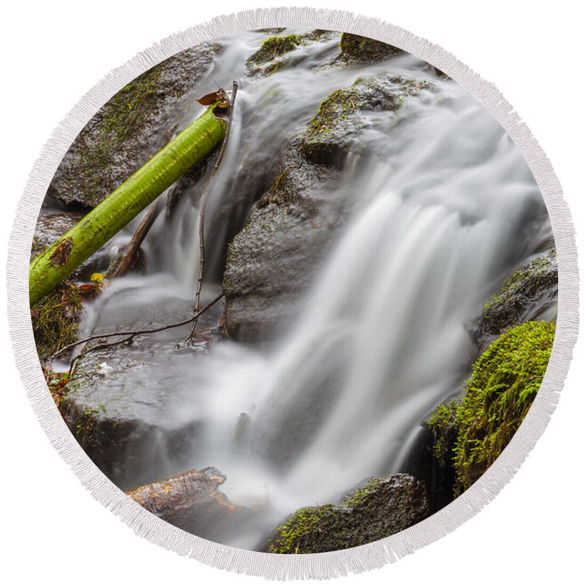 Dublin Round Beach Towel featuring the photograph Waterfall Close Up In Marlay Park by Semmick Photo