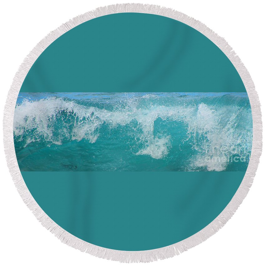 Waves Round Beach Towel featuring the photograph Wave by Kris Hiemstra