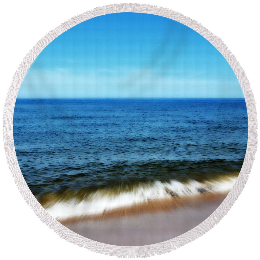 Lake Michigan Round Beach Towel featuring the photograph Waves In Motion by Michelle Calkins
