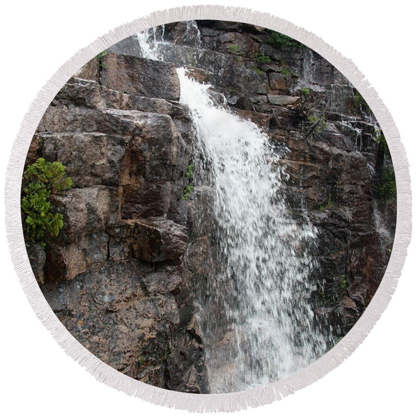 Wayside Round Beach Towel featuring the photograph Wayside Waterfall I - Acadia Np by Christiane Schulze Art And Photography