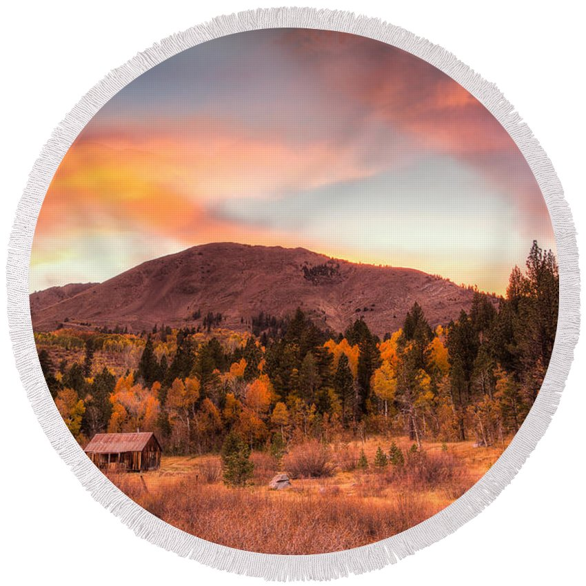 Michele Round Beach Towel featuring the photograph Western Barn At Sunset II by Michele Steffey