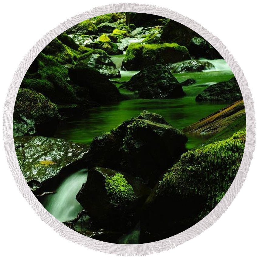 Rivers Round Beach Towel featuring the photograph Where Solace Abounds by Jeff Swan
