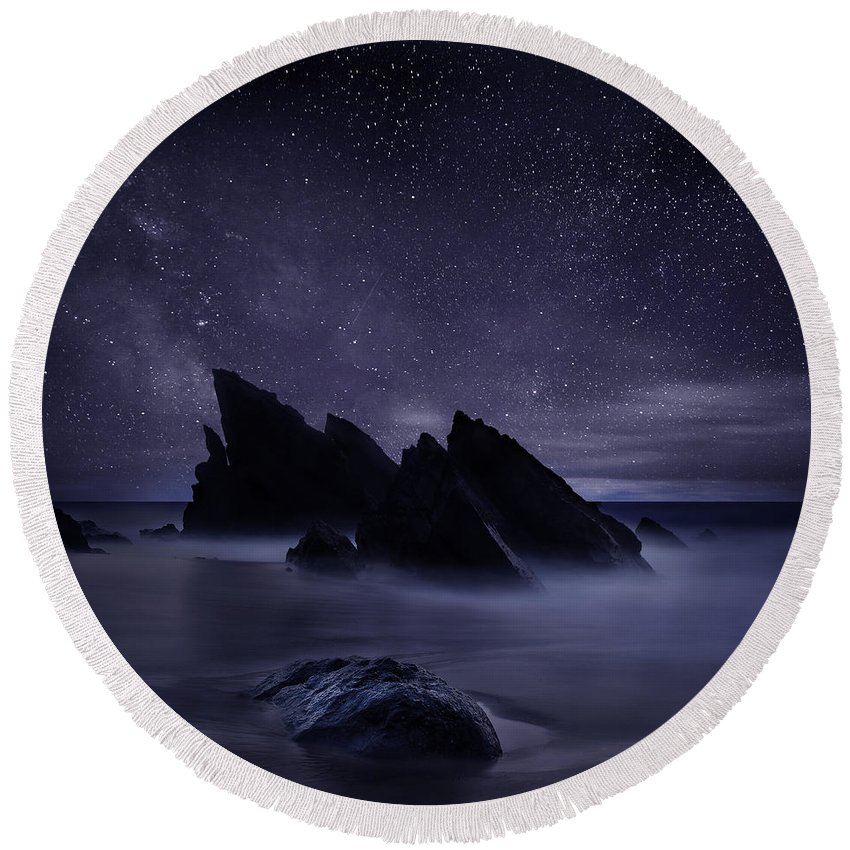 Night Round Beach Towel featuring the photograph Whispers of eternity by Jorge Maia