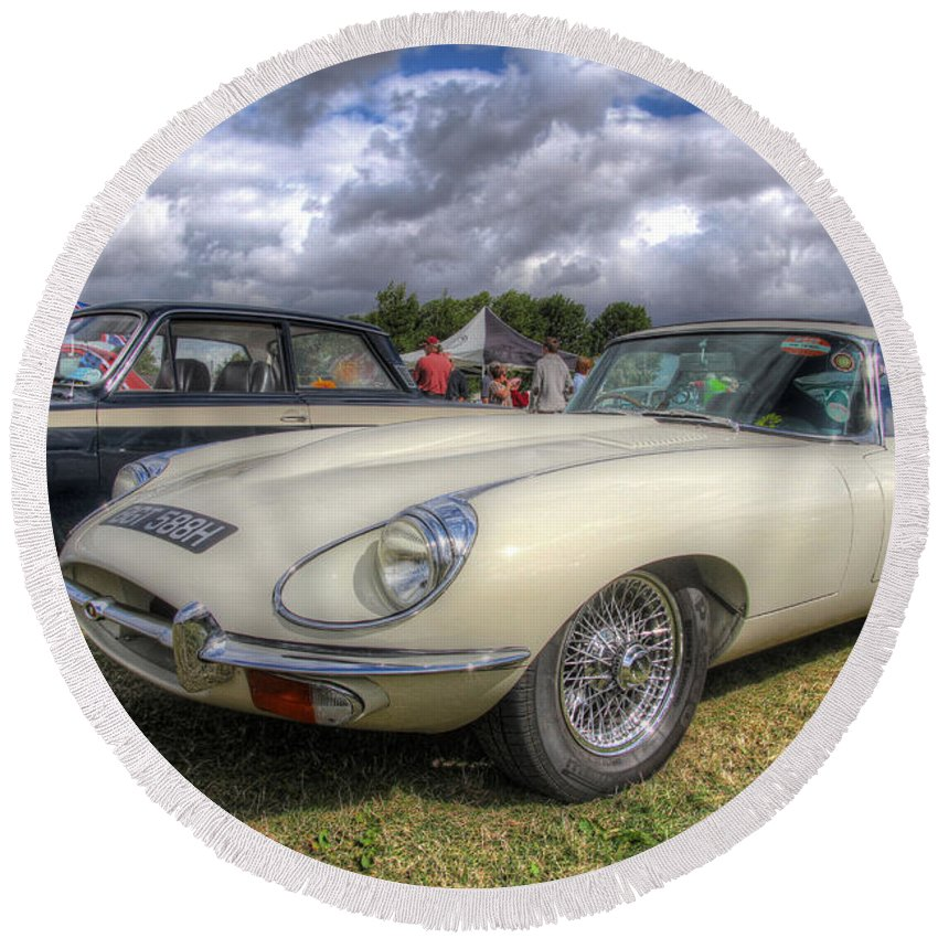 Hdr Round Beach Towel featuring the photograph White E-type by Lee Nichols