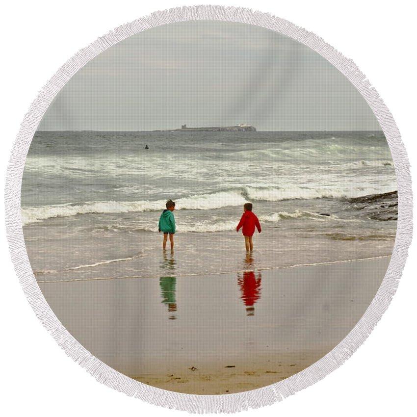 Seashore Round Beach Towel featuring the photograph Will You Dare? by Elena Perelman