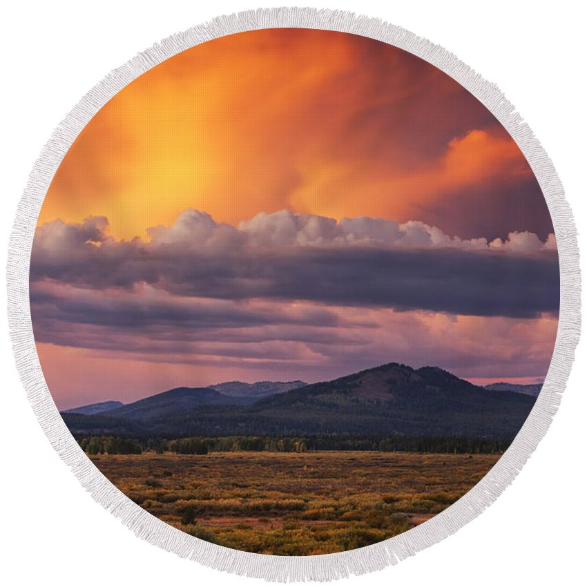 Amazing Round Beach Towel featuring the photograph Willow Flats Sunset by Mark Kiver