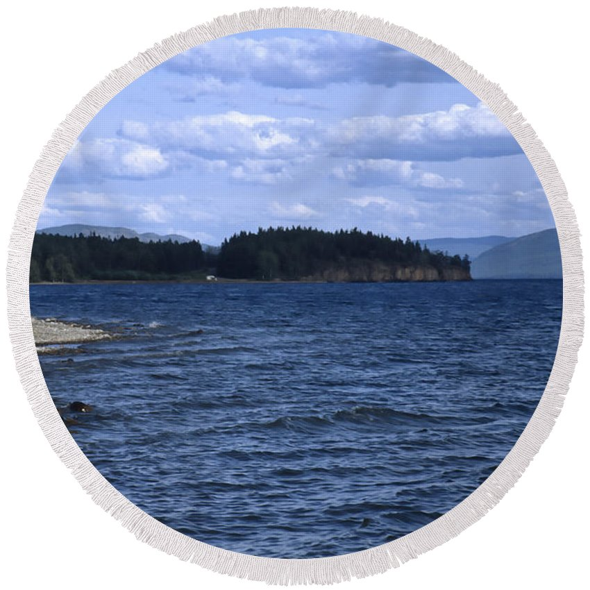 Americas Round Beach Towel featuring the photograph Windy Windemere by Roderick Bley