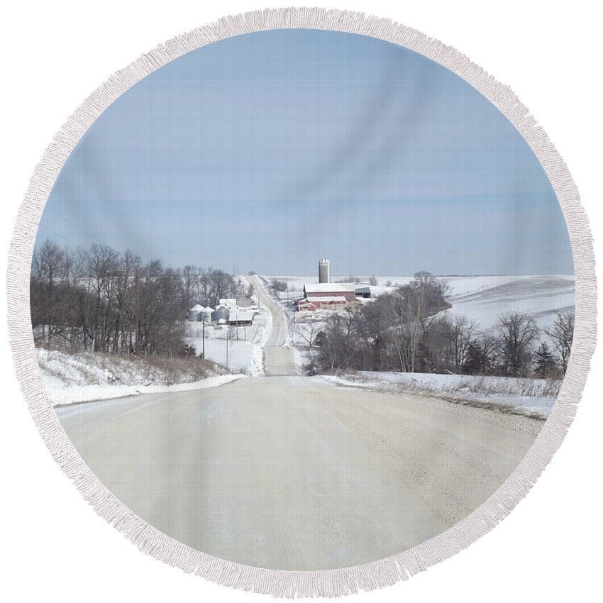 Elkader Iowa Round Beach Towel featuring the photograph Winter Farm by Bonfire Photography
