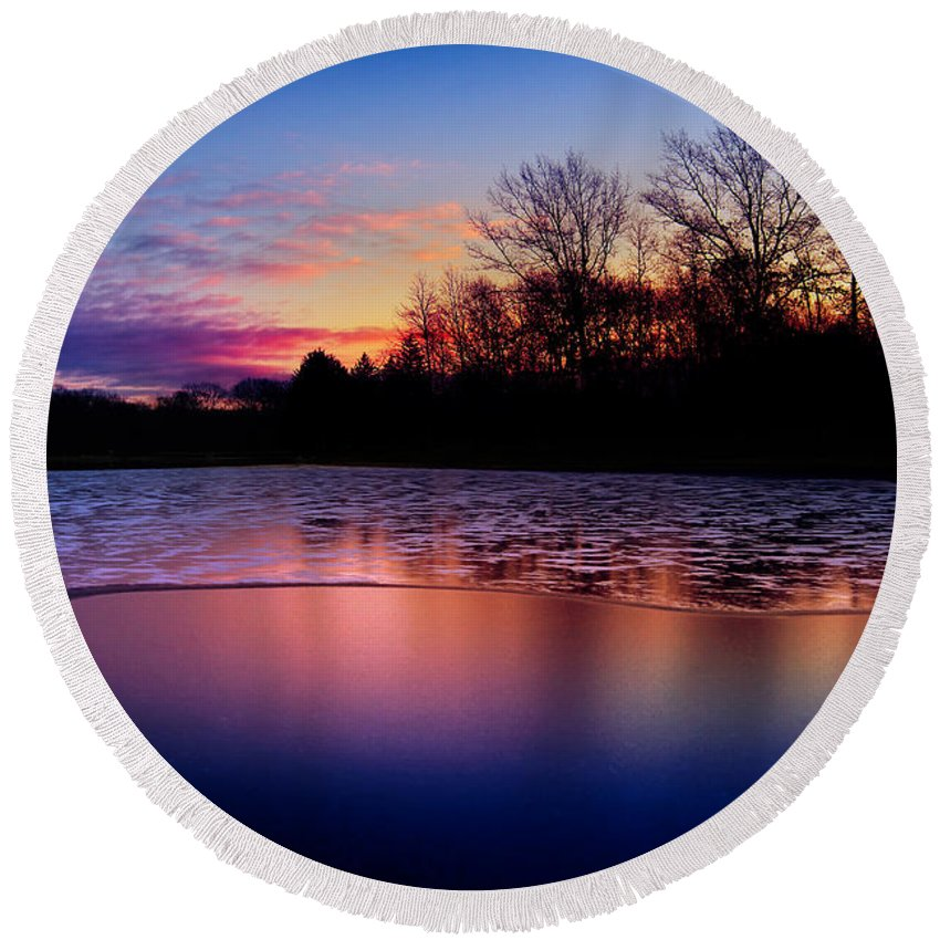 Dawn Round Beach Towel featuring the photograph Winter Glow by Rob Blair