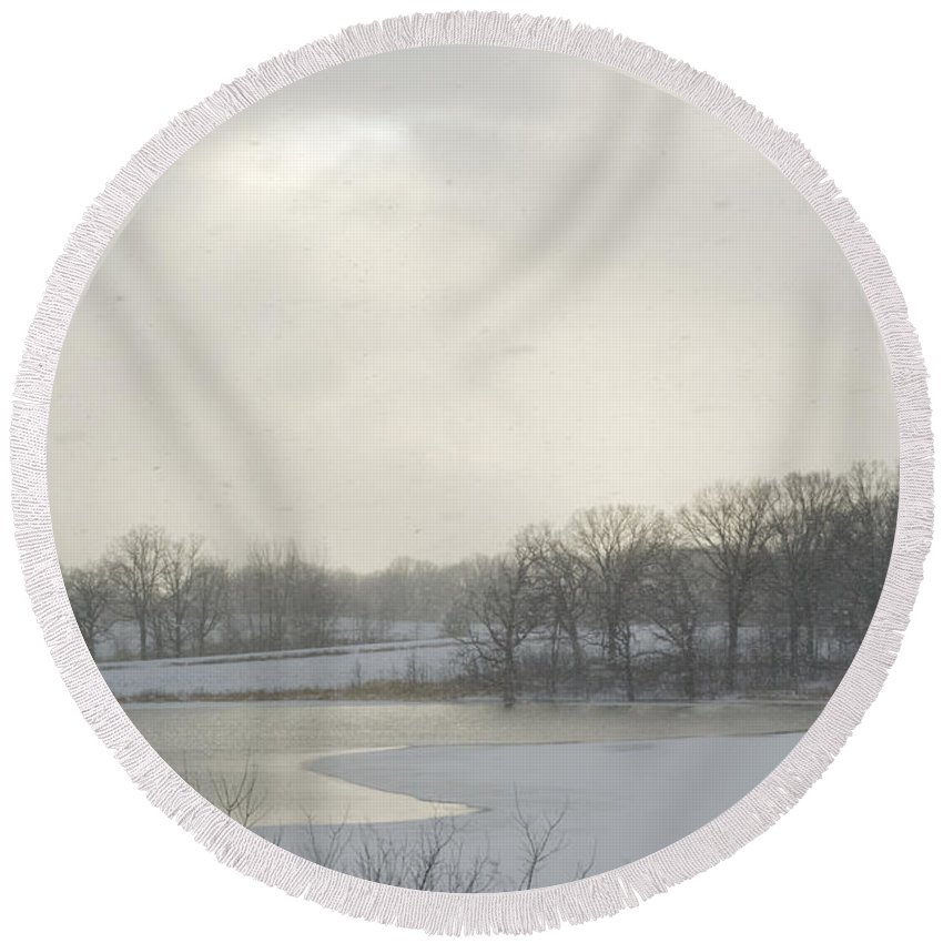 Scenic Round Beach Towel featuring the photograph Winter Lake And Forest by Lynn Hansen
