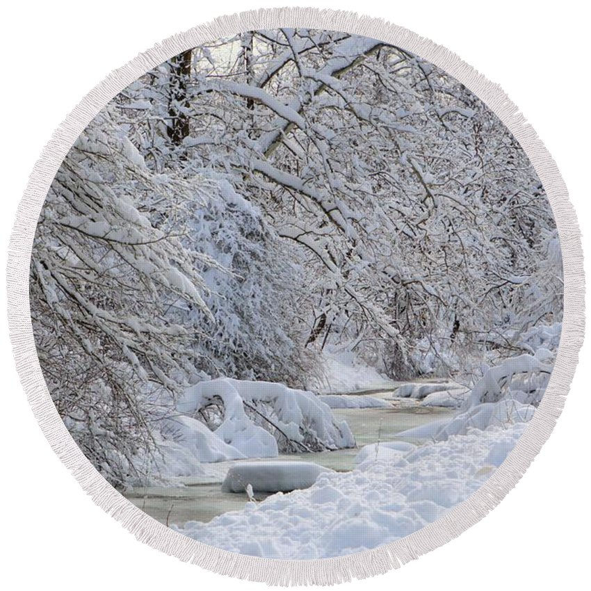 6629 Round Beach Towel featuring the photograph Winter Stream by Gordon Elwell