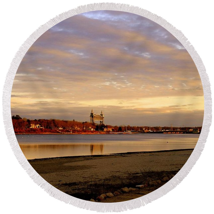 Bourne Round Beach Towel featuring the photograph Winter Sunset by Marysue Ryan