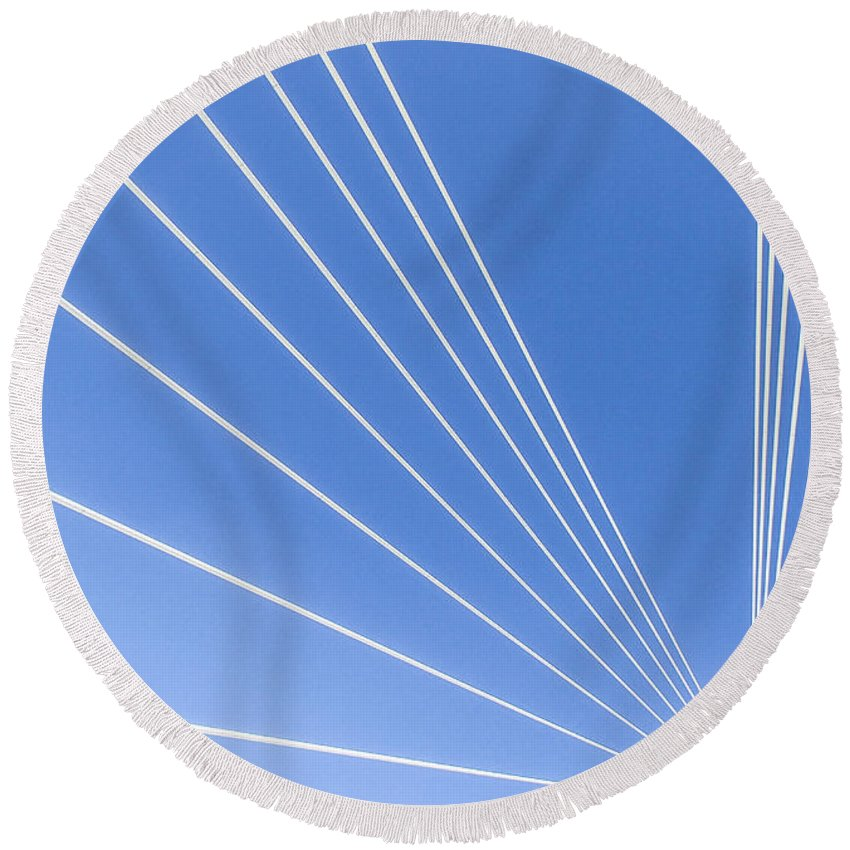 Missouri Round Beach Towel featuring the photograph Wires by Angus Hooper Iii