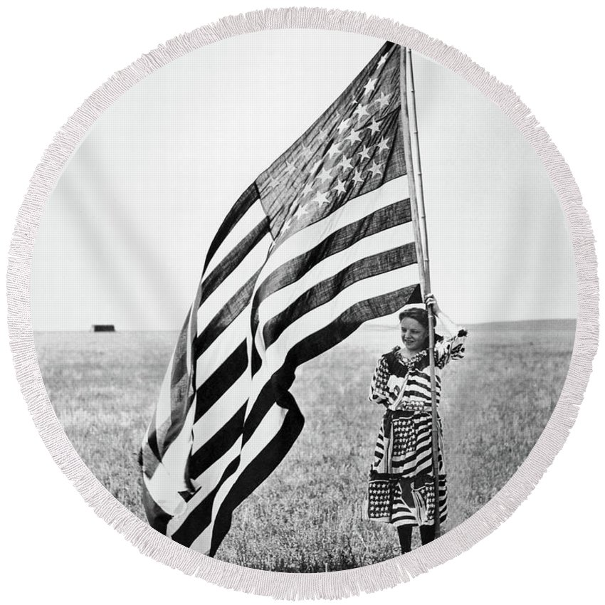 1890 Round Beach Towel featuring the photograph Wisconsin Patriotism by Granger