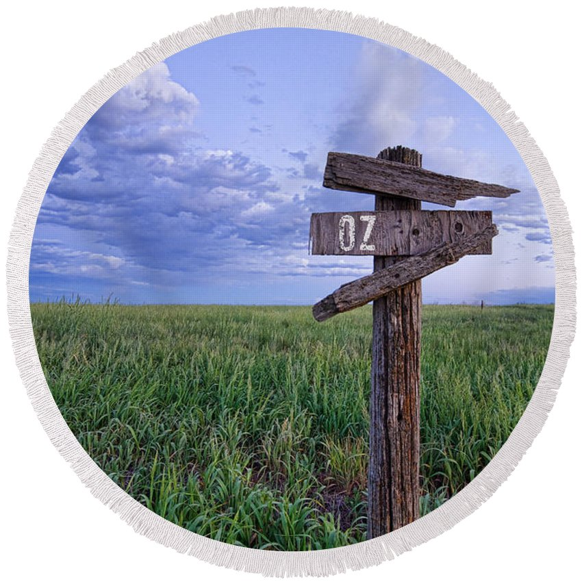 Farms Round Beach Towel featuring the photograph Witch Way To Oz by James BO Insogna