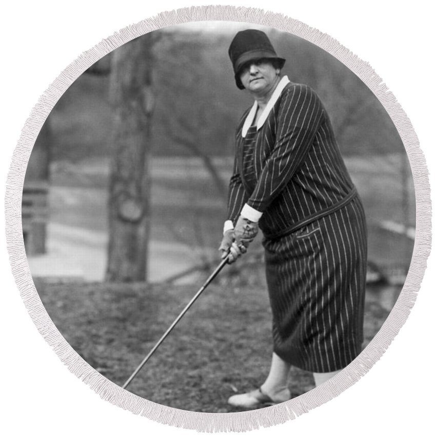 1 Person Round Beach Towel featuring the photograph Woman Ready To Play Golf by Underwood Archives