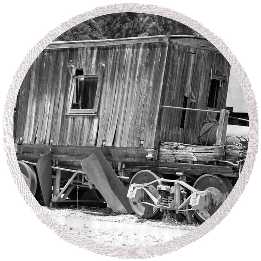 Rustic Round Beach Towel featuring the photograph Wooden Caboose by Holly Blunkall