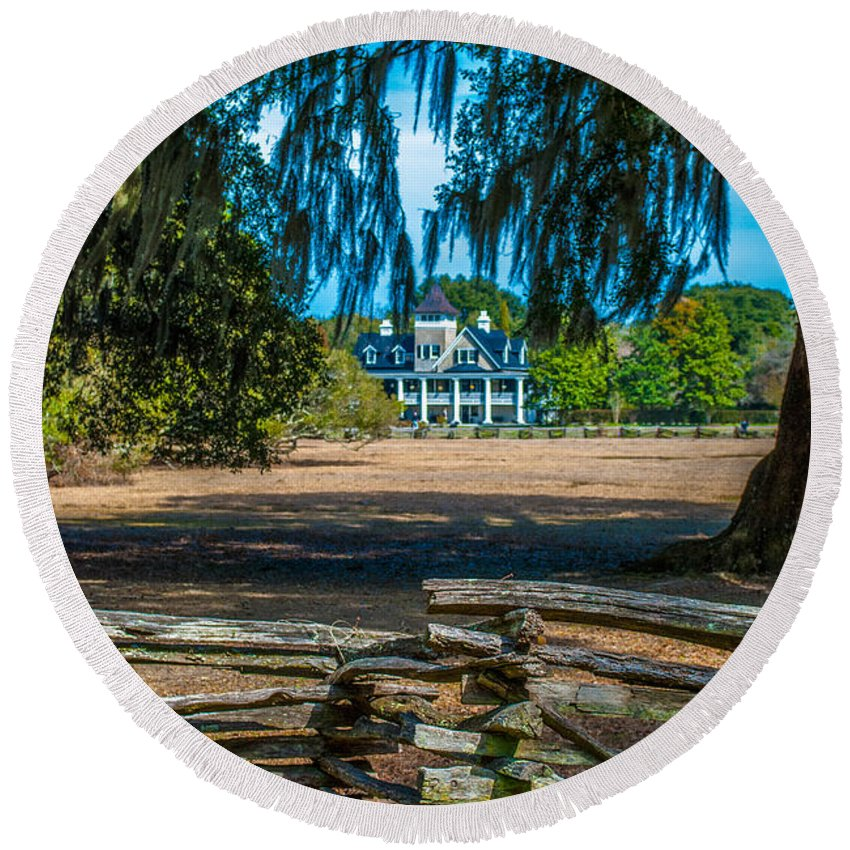 Magnolia Mansion Round Beach Towel featuring the photograph Wooden Fences by Optical Playground By MP Ray