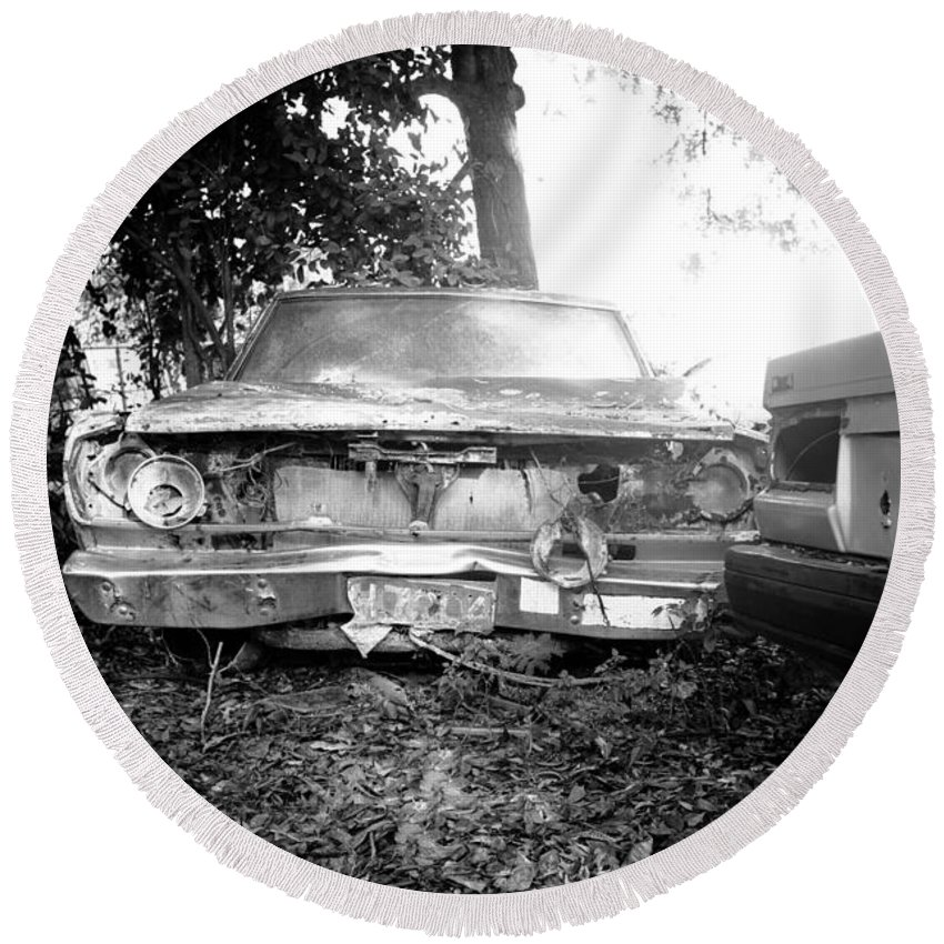 Car Round Beach Towel featuring the photograph Wreck by Ferry Zievinger