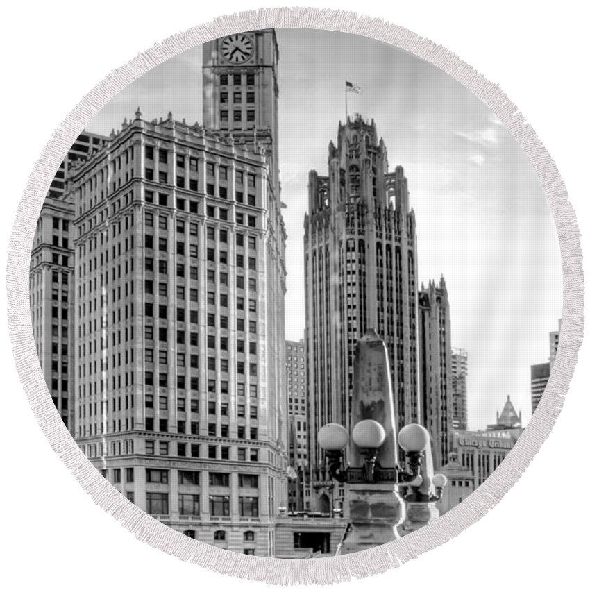 Architecture Round Beach Towel featuring the photograph Wrigley and Tribune by Scott Norris