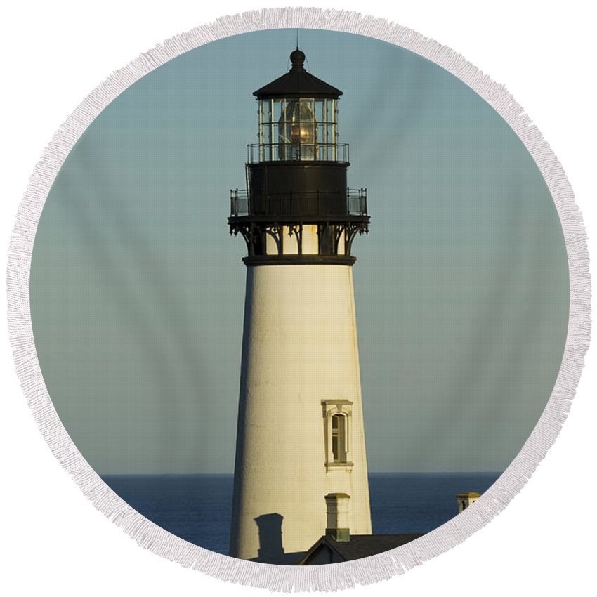 Yaquina Round Beach Towel featuring the photograph Yaquina Head Lighthouse 4 B by John Brueske