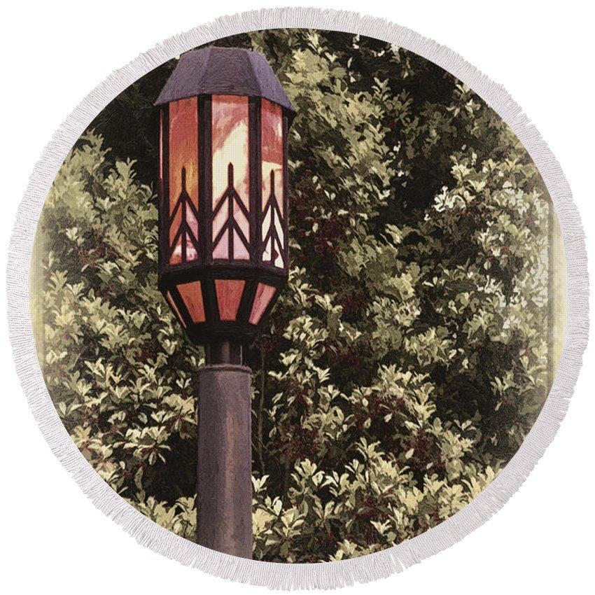 Street Round Beach Towel featuring the photograph Ye Olde Street Lamp by John Haldane