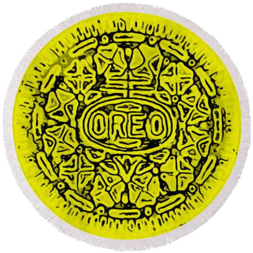 Oreo Round Beach Towel featuring the photograph Yellow Oreo by Rob Hans