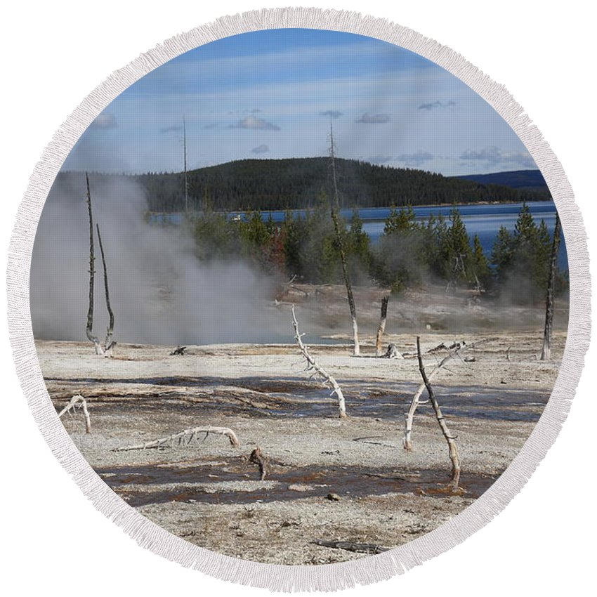 America Round Beach Towel featuring the photograph Yellowstone National Park - Hot Springs by Frank Romeo