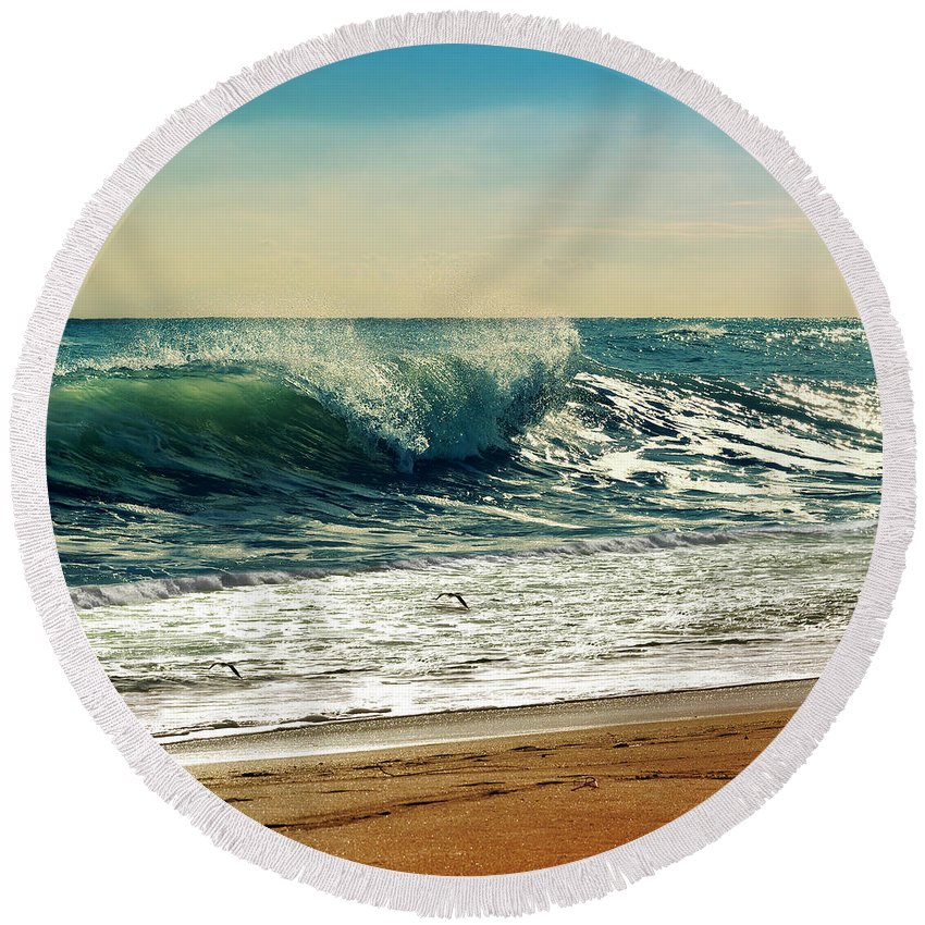 Waves Round Beach Towel featuring the photograph Your Moment Of Perfection by Laura Fasulo