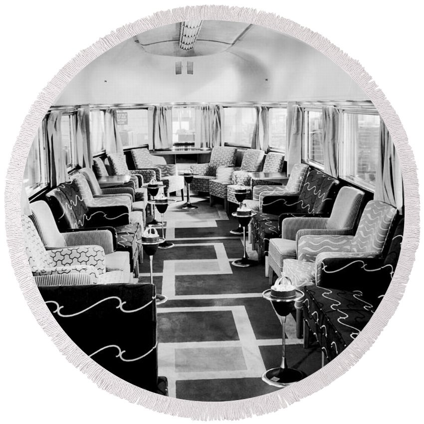 1930's Round Beach Towel featuring the photograph Zephyr Art Deco Lounge Car by Underwood Archives