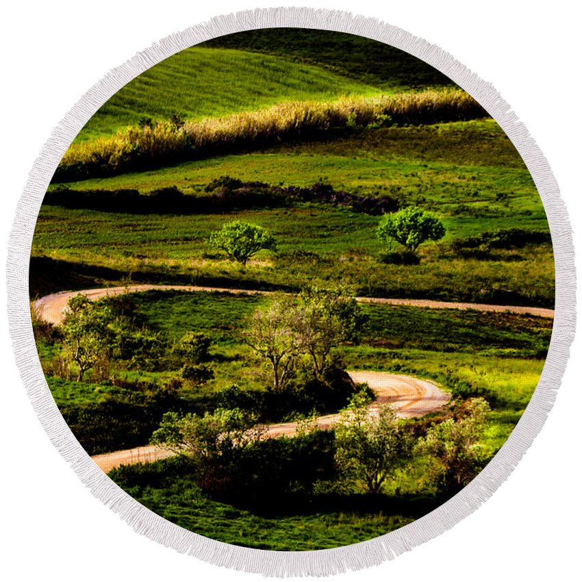 Light Round Beach Towel featuring the photograph Zigzags Of A Path by Edgar Laureano