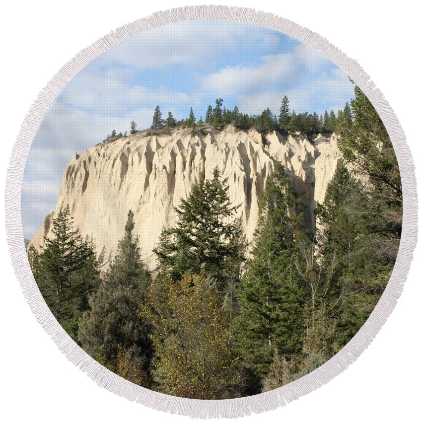 Rocky Mountains Round Beach Towel featuring the photograph Canadian Rocky Mountain Hoodoos Bc by Terry Fleckney