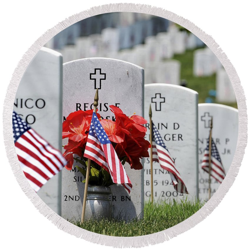 Memorial Day Round Beach Towel featuring the photograph American Flags Placed In The Front by Stocktrek Images