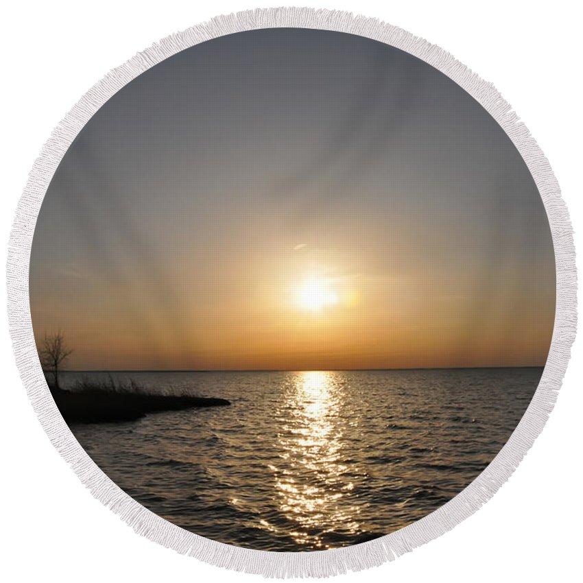 Chesapeake Bay Sunset Round Beach Towel featuring the digital art Chesapeake Bay Sunset by Bill Cannon
