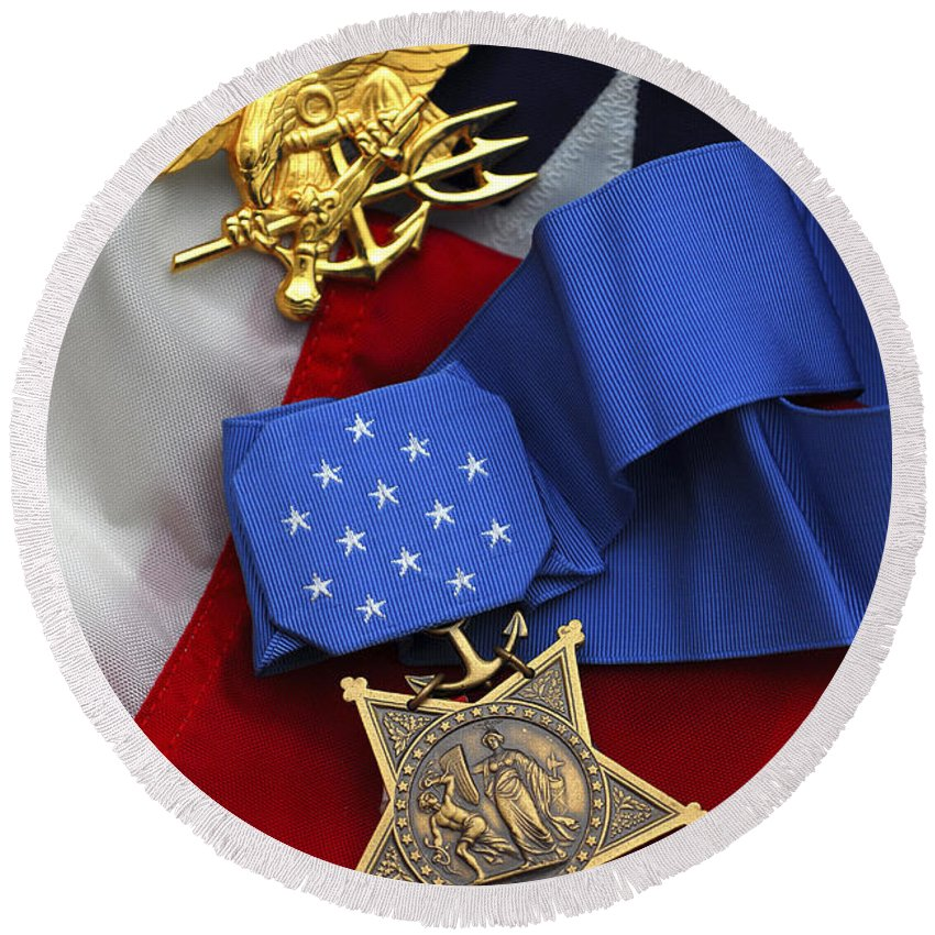 Medal Of Honor Round Beach Towel featuring the photograph Close-up Of The Medal Of Honor Award by Stocktrek Images