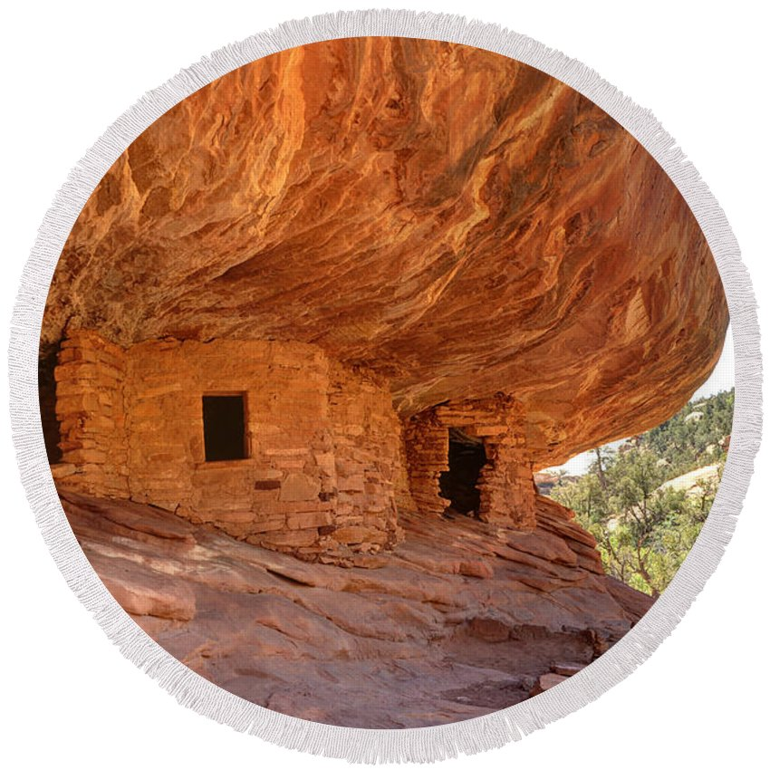 House Round Beach Towel featuring the photograph House On Fire Anasazi Indian Ruins by Gary Whitton
