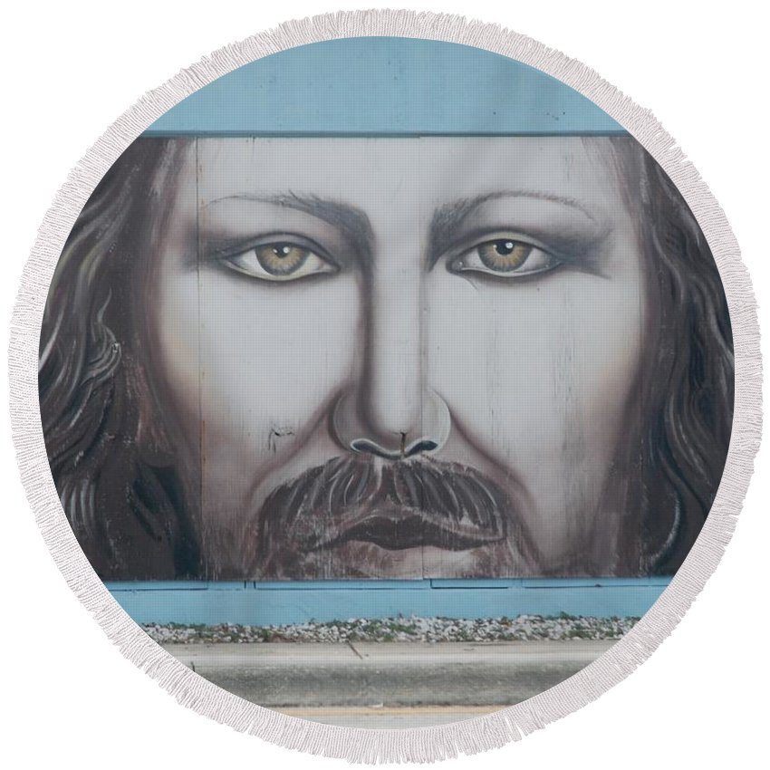 Scenic Round Beach Towel featuring the photograph Jesus On The Street by Rob Hans