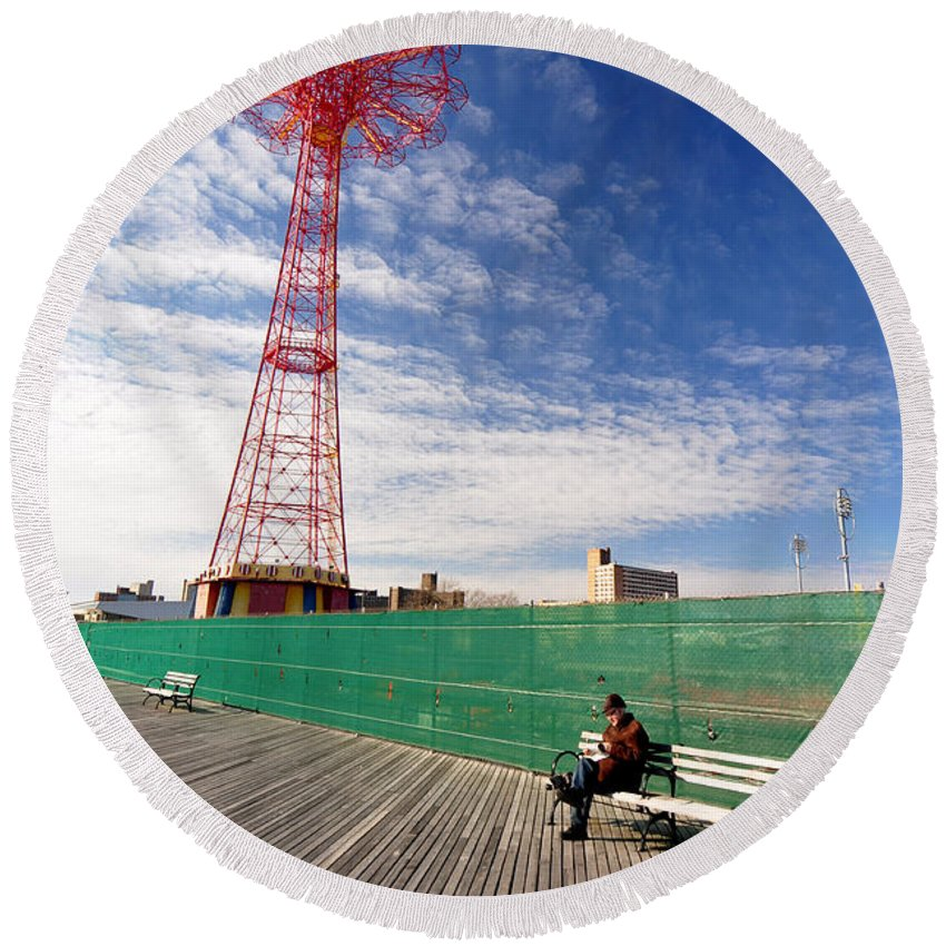 Coney Island Round Beach Towel featuring the photograph Man On A Bench by Mark Gilman