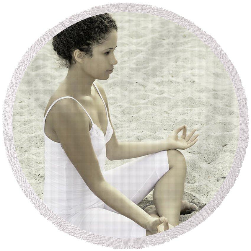 Female Round Beach Towel featuring the photograph Meditation by Joana Kruse