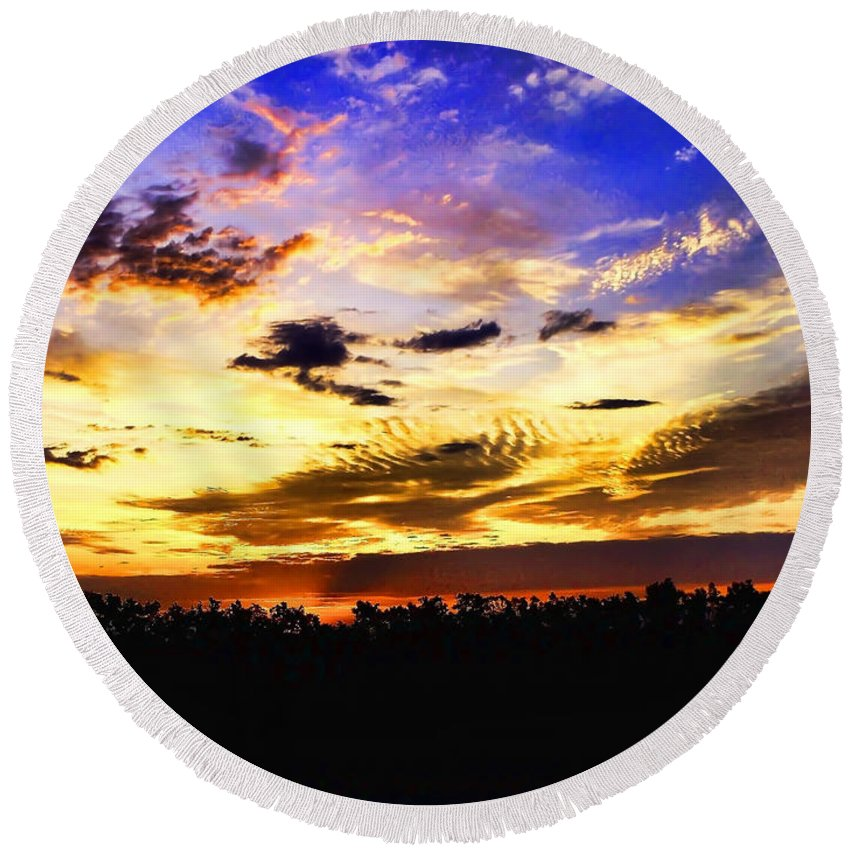 Landscape Round Beach Towel featuring the photograph Morning Mix by Debbie Portwood