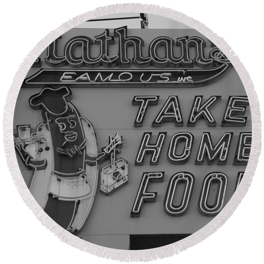Brooklyn Round Beach Towel featuring the photograph Nathan's Famous In Black And White by Rob Hans