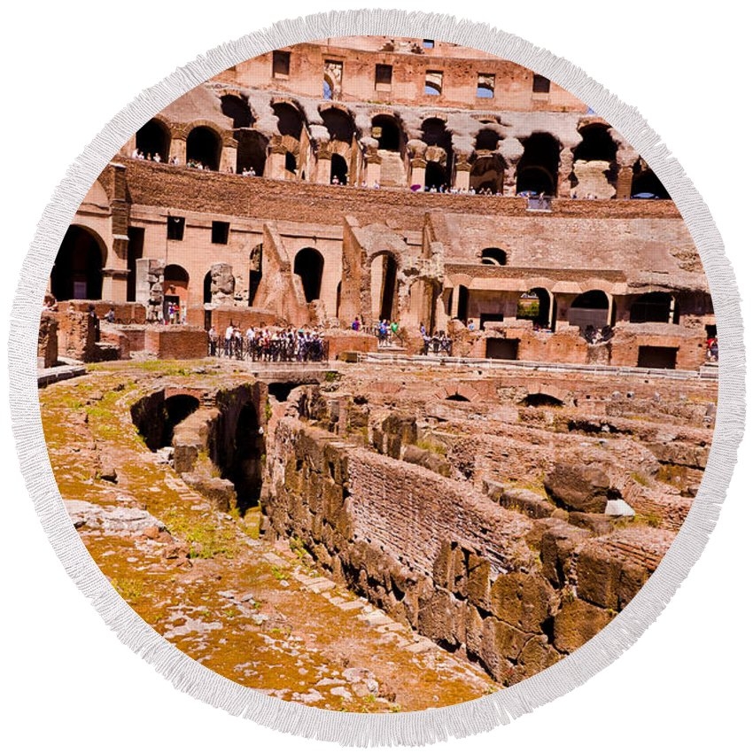 Rome Round Beach Towel featuring the photograph Roman Coliseum by Jon Berghoff