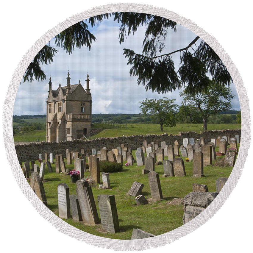 Campden Round Beach Towel featuring the photograph St James Church Graveyard by Andrew Michael